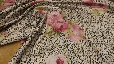 Σατεν animal print με λουλουδια