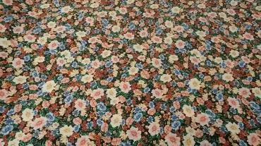 Κρέπ βισκόζ Ιταλίας  με μικρά λουλούδια
